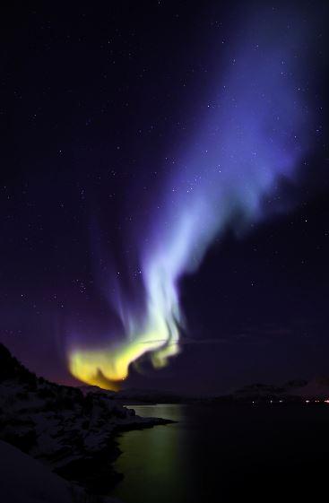 aurora_blue_flame_norway_140222