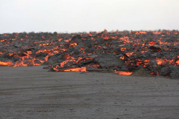 New lavaflows. Credit Uni Iceland via Twitter